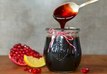 pomegranate molasses benefits